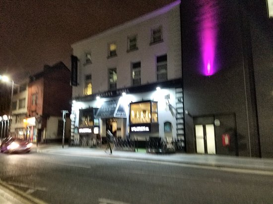 Hanover Hotel's McCartneys Bar