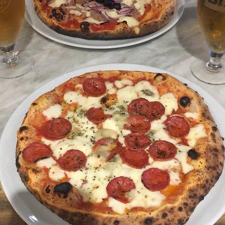 Llanaber, UK: Excellent Neapolitan pizza!!! Trust an Italian 😊