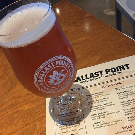 Ballast Point Brewery Miramar: Grapefruit Sculpin