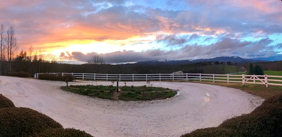 Landrum, Carolina del Sud: Another amazing sunset from the Arbor