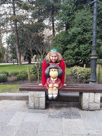 Estatua de Mafalda Homenaje a Quino: Es como encontrarse con una amiga del alma😍😚