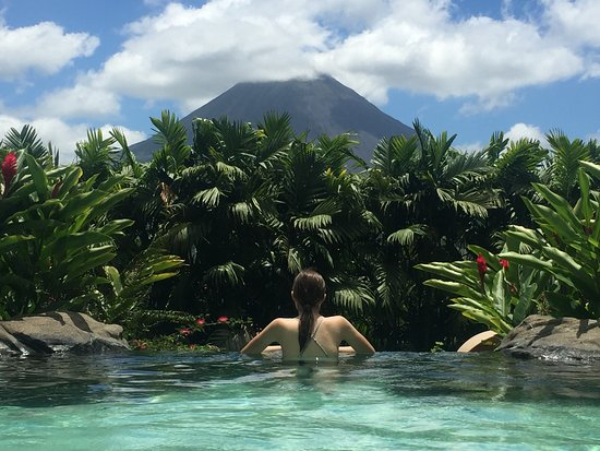 The Springs Resort and Spa: Wonderful view of the Arenal volcano