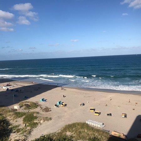 Hilton Singer Island Oceanfront/Palm Beaches Resort: photo0.jpg