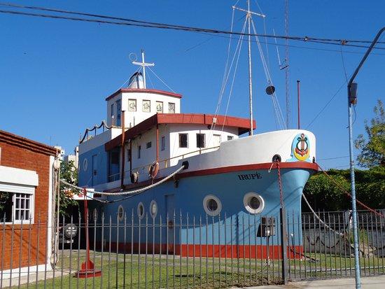 """Casa-Barco """"Irupe"""""""