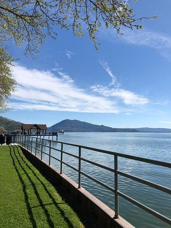 Upper Lake Picture