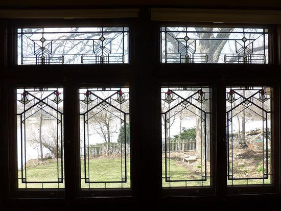Kankakee, IL: Stained glass window in sun room
