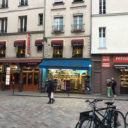 Restaurant Sur De La Harpe Paris