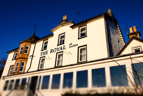 The Royal an Lochan: With the beach to my back, looking at the hotel.