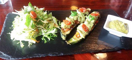 Waiuku, Nowa Zelandia: Enjoyed the mixture and tastes in this dish