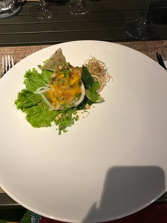 Refined Menu (no seafood) - (Confit pork, flat rice noodle & pineapple sauce)