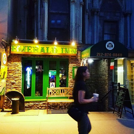 The Emerald Inn: Where locals meet