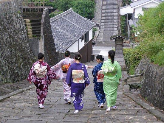 Rental Kimono Warakuan: きもの女子旅