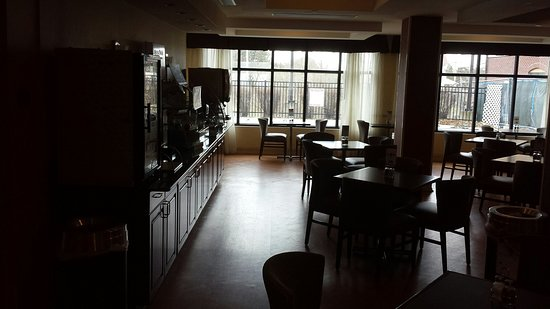 Holiday Inn Express Hotel & Suites North East : 20180401_115110_large.jpg