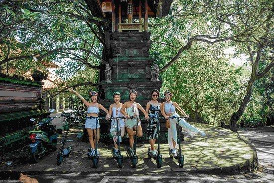 Skutis Tours Bali