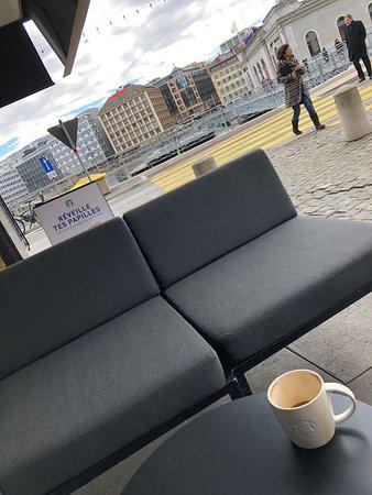 Ville Starbucks Dans De Coffee Vieille Genève La Photo XiwkuZOPT