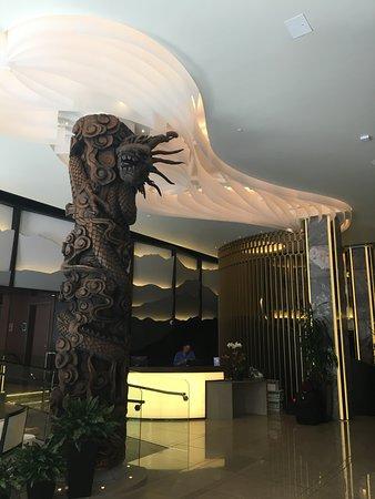Hotel Fusion: Lobby and reception