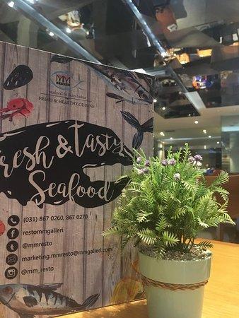 MM Resto Seafood & Ikan Bakar: Suasana MM Resto lantai 1