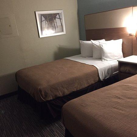 El hotel luce descuidado y el servicio deja que desear