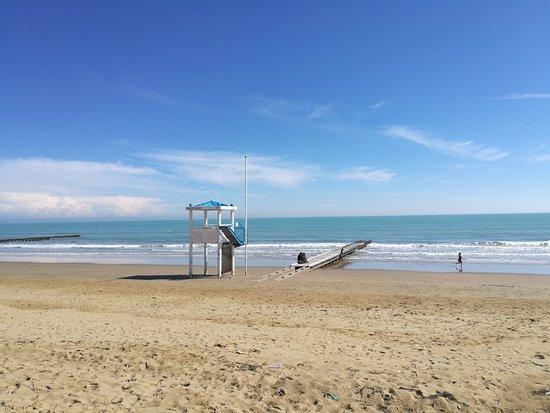Location Matrimoni Spiaggia Jesolo : Img  large g foto di spiaggia jesolo