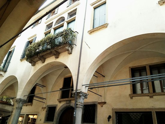 Palazzo Cattaneo Strozzi