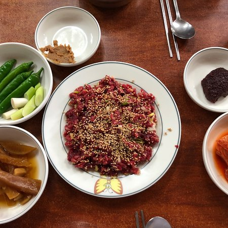 Where to Eat in Hampyeong-gun: The Best Restaurants and Bars