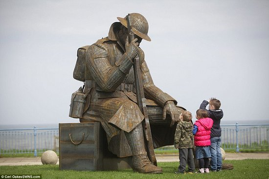 World War One Soldier Sculpture