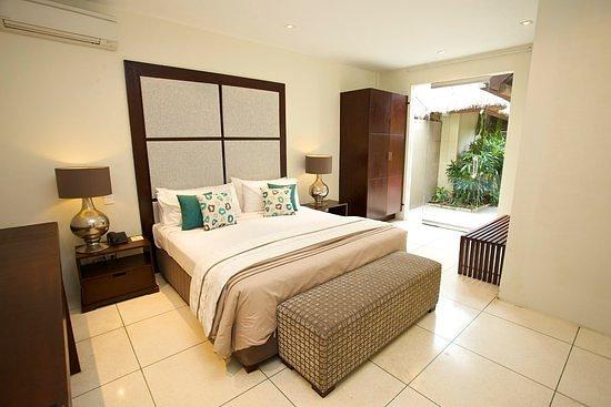 The Ahimsa: The bedroom at Ahimsa Estate