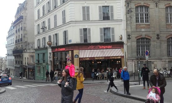 Set In The Bohemian Hub Of Montmartre Picture Of Le