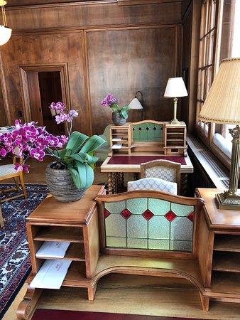Modernes zimmer bild von hotel waldhaus sils im engadin for Modernes waldhaus