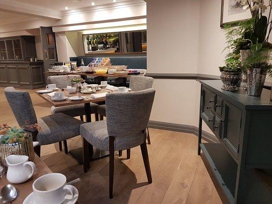 Villiers Hotel: 20180402_081834_large.jpg
