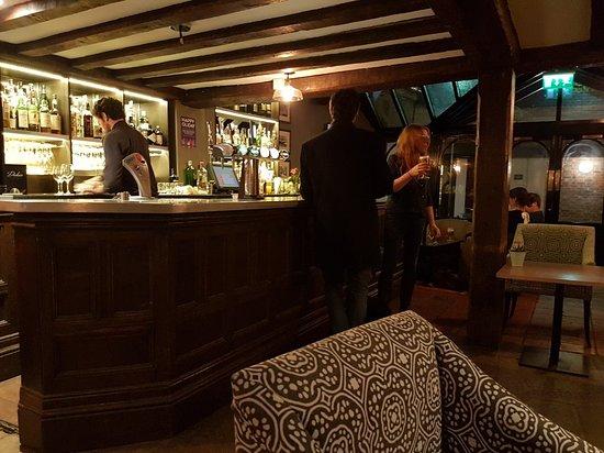 Villiers Hotel: 20180401_214617_large.jpg