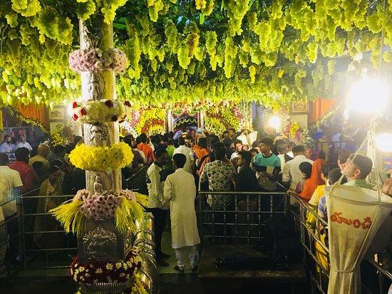 Tadbund Sri Veeranjaneya Swamy Temple