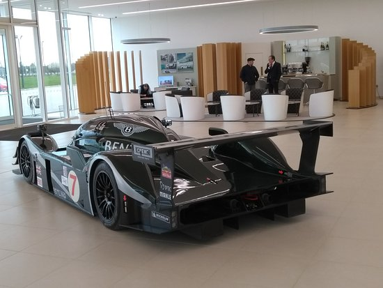 Bentley Le Mans Roger On Right Picture Of Bentley Motors Factory