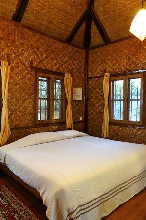 Pindaya Inle Inn: La jolie déco de notre chambre