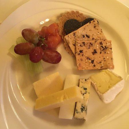 Auchencairn, UK: Fabulous meals at Balcary Bay restaurant