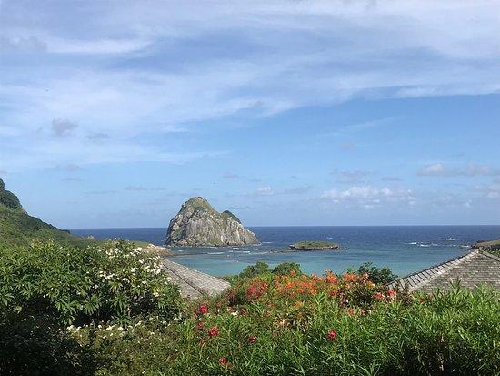 Baia do Sueste : Baía do Sueste vista da Pousada Maravilha