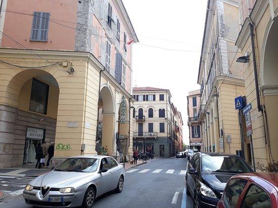Porticato di Via Bonfante - Oneglia