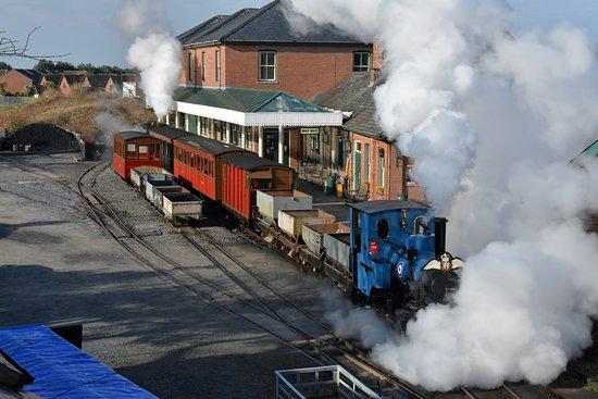 Talyllyn Railway: Tywyn Wharf