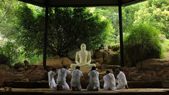 Matara, Sri Lanka: Buddha shrine