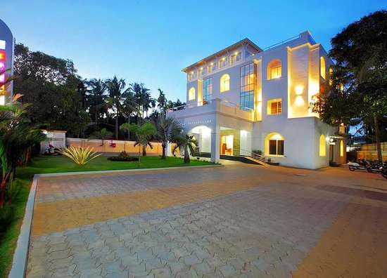 Puthenvelikara, Ινδία: getlstd_property_photo