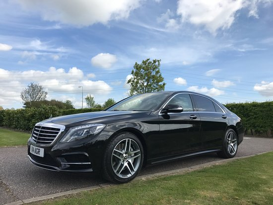 Chelmsford, UK: Our top of the range Mercedes S class, panoramic roof, rear executive pack !