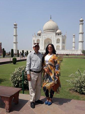 Grand India Holidays: Taj Mahal Day trip from Delhi