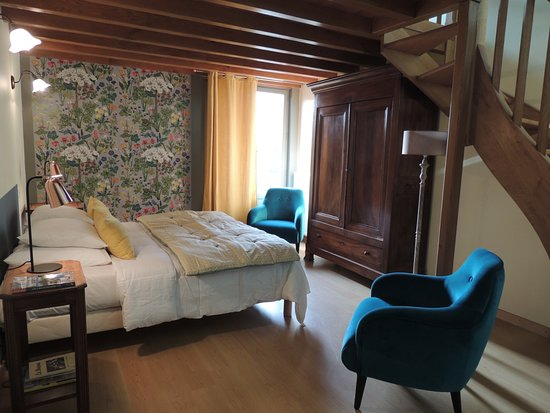 Mantenay-Montlin, France: chambre tradition