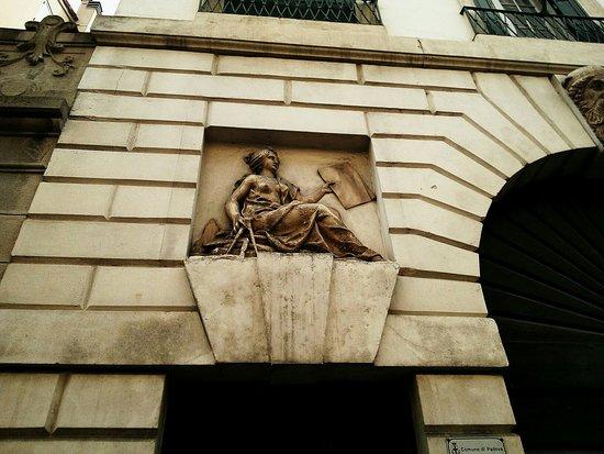 Via Umberto I