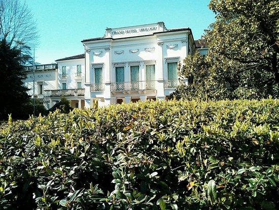 Villa Dondi dall'Orologio