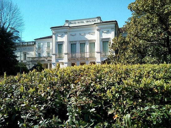 Abano Terme, İtalya: Villa Dondi dall'orologio