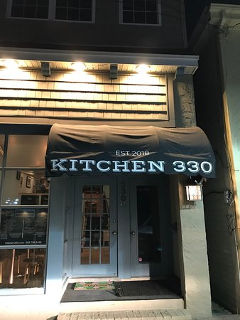 ‪Kitchen 330‬