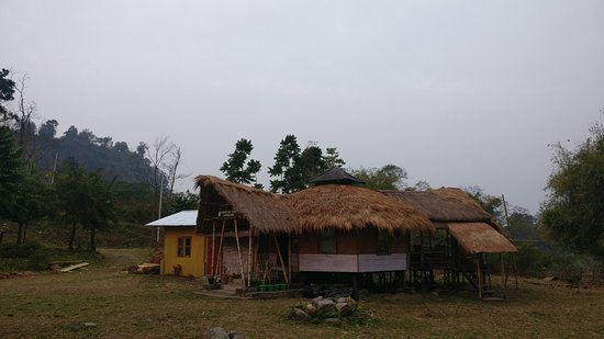 Roing, India: Dinning area from outside.