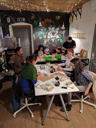 A glimpse into one of ceramics workshops.