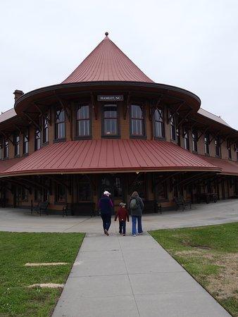 Hamlet Depot